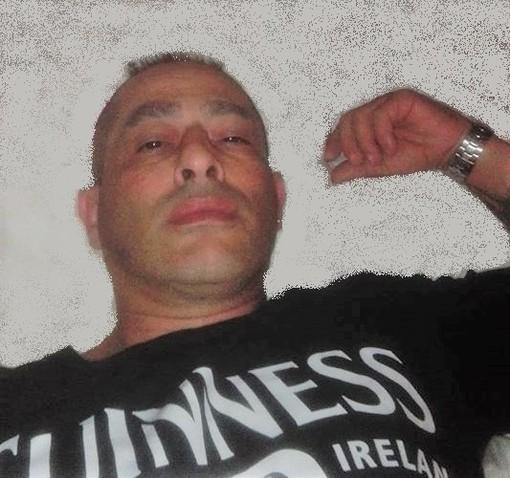 A Barge i funerali di Andrea Solinas, il 50enne morto nello schianto sulla circonvallazione di Osasco