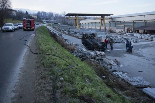 Incidente Bagnolo Piemonte via Bibiana 8 gennaio (foto di Diego Murgioni)