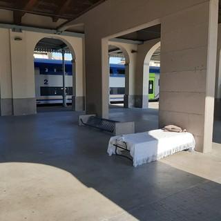Il letto in stazione a Pinerolo