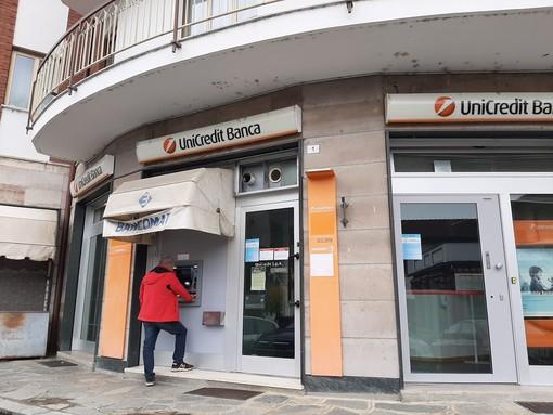 Pinasca: il bancomat Unicredit funzionerà ancora per qualche settimana