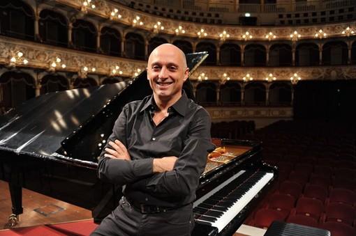 L'Accademia di Musica di Pinerolo apre con il pianista Lupo
