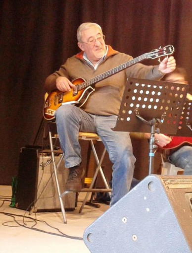 Valter Forte musicista e volontario di Vigone