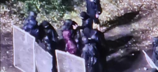 Scontri No Tav-forze dell'ordine, ferito un agente della Digos