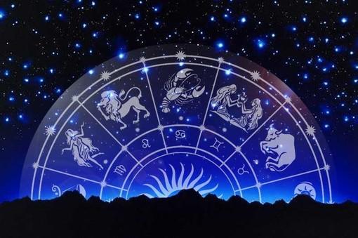 L'oroscopo di Corinne: ecco cosa ci dicono le stelle