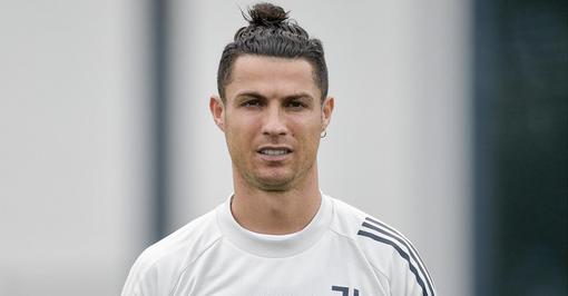 Ronaldo lascia il Portogallo e rientra per fare la quarantena a Torino. Positivo anche McKennie