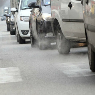 Dal tavolo sulla qualità dell'aria la conferma dei blocchi auto per il prossimo inverno